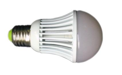 Pallolamppu E-27 12V 5W 3000K 425lm