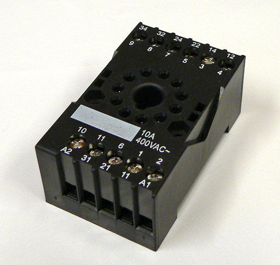 Relekanta 3C DIN-kiskoon HF10FH